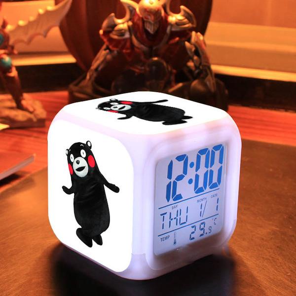 นาฬิกาตั้งโต๊ะไฟ LED คุมะมง Kumamon