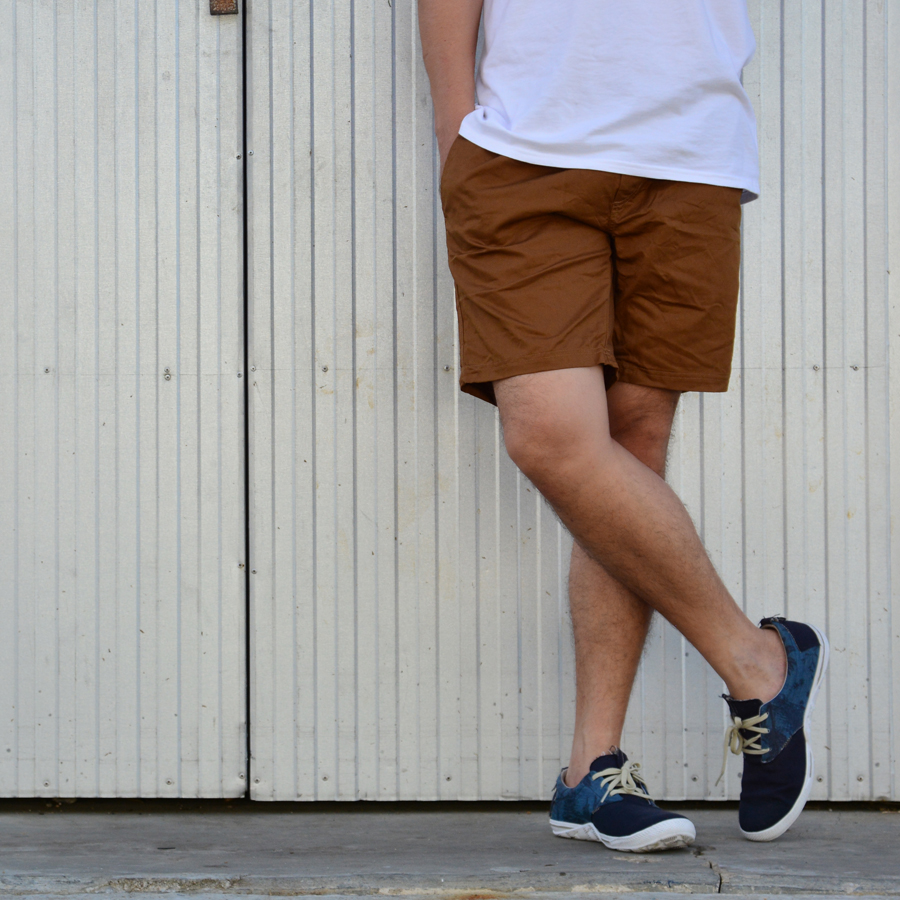 กางเกงขาสั้น BFactory (สีน้ำตาลเข้ม)