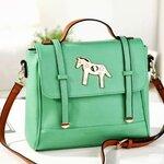 กระเป๋าแฟชั่น Aixix สีเขียว น่ารักสดใสสวยสะดุดตา ถือสวย ๆ สะพายเก่ ๆ  ติด Top Magazine